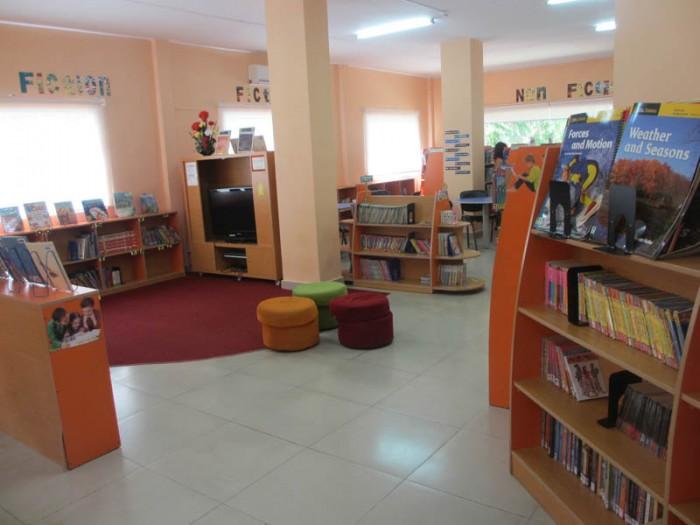 SIS @ Saigon South library