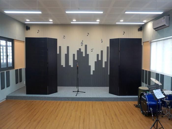 SIS@SS Music Room02